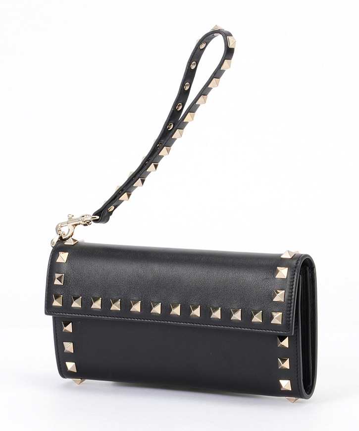 ROCKSTUD FLAP CONTINENTAL WALLET 【送料無料】